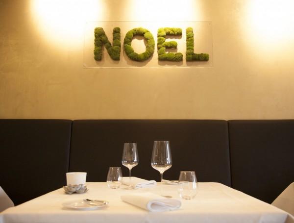 Ecriture en mousse naturelle pour le restaurant Marly Mannheim